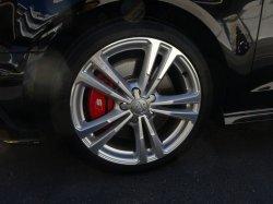画像1: Audi純正S3(8V)用レッドキャリパーセット