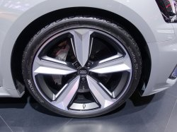 画像1: Audi純正RS 4/RS 5(F5)用5アームアンスラサイト20インチアルミセット