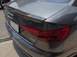 画像1: Audi純正S4/A4(F4)セダン/A5(F5)クーペ専用カーボントランクスポイラー