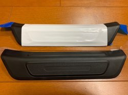 画像1: アウディ純正Q5(FY)リアドア用ドアシルプレート左右セット