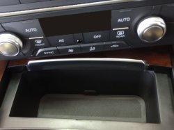 画像1: AudiAG純正RS 6/S6/A6(4G)用ノンスモーカートレイ